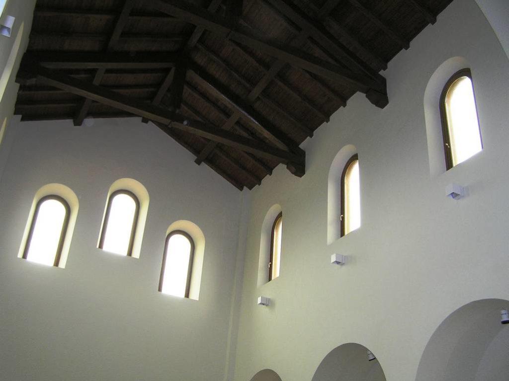 E 5 Chiesa Santa Maria Assunta a Doganella di Ninfa LT 18