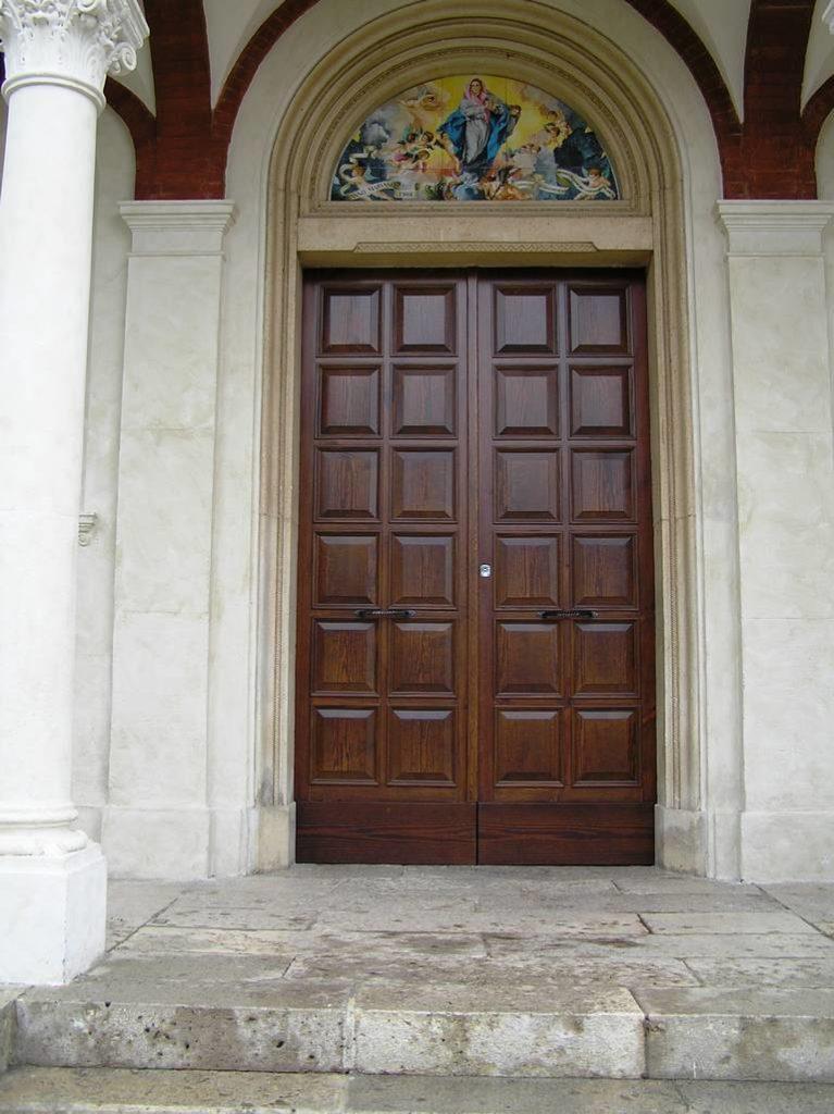 E 5 Chiesa Santa Maria Assunta a Doganella di Ninfa LT 4