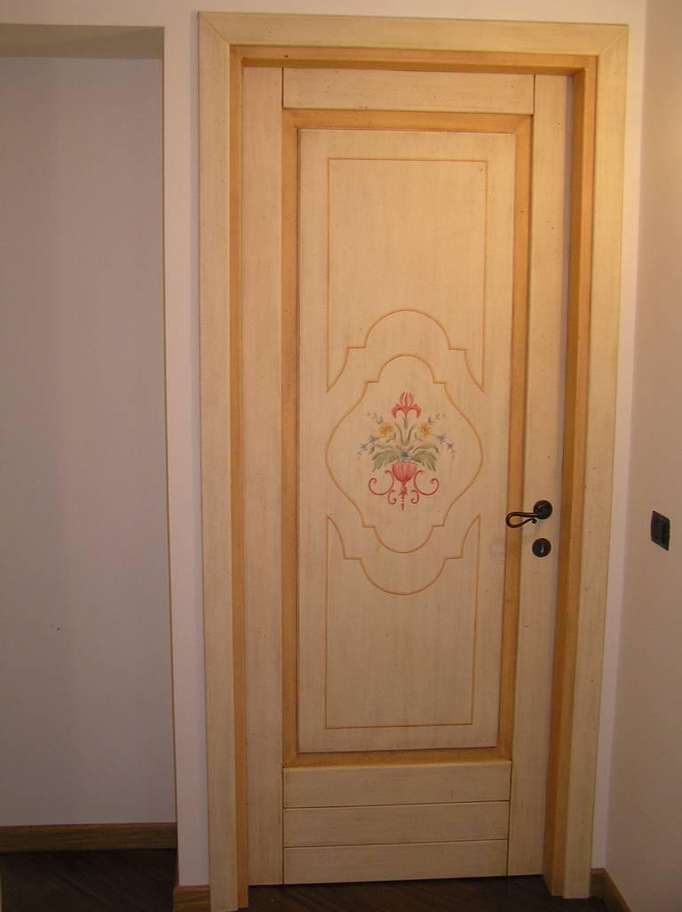 Realizzazione porte e portoni in legno massello - PFT Legno