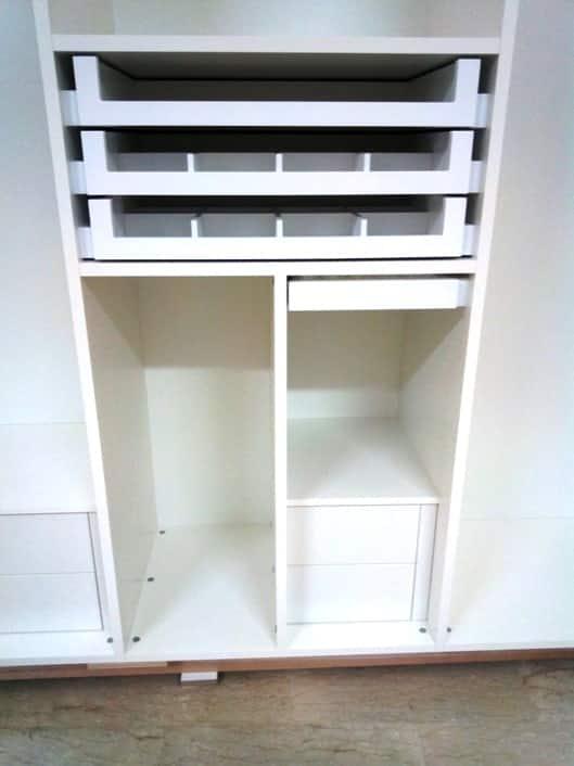 armadio in legno con porta scarpe
