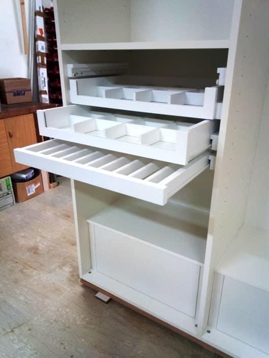 armadio in legno personalizzabile